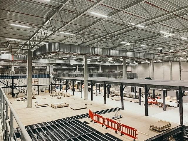 AutoStore expansion mezzanine grid